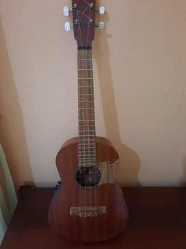 Ukelele Soprano Electro Acustico de Luthier hecho en Argentina