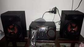 equipo de sonido marca LG