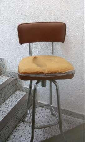 silla en barra sin tapizar