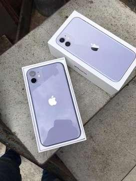 Se vende iphone 11 morado