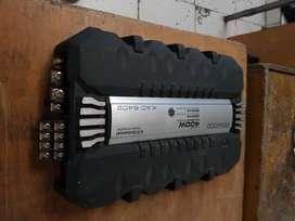 Amplificador Kenwood , planta para auto con parlantes