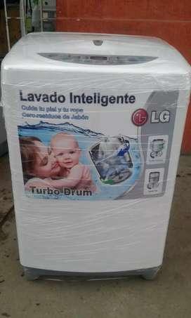¡Vendo! Excelente lavadora marca LG turbo drum 30 lb