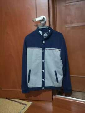 Buso chaqueta talla M 10 de 10 negociable