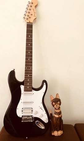 Guitarras stratocaster con amplificador de 25w