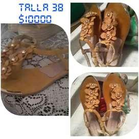 Se venden  zapatos  para dama