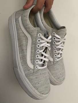 Zapatillas Vans grises talle 38/39 - Muy buen estado