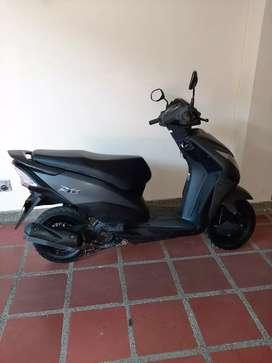 Vendo hermosa moto Honda DIO DLX 2020