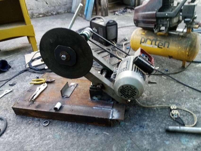 Busco empleo cerrajero eléctrico instalador de motores para puertas automaticas 0