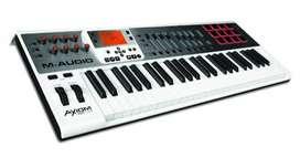 Controlador Midi Maudio Axiom Air49 (de 2da con poco uso) En caja original + base para teclado