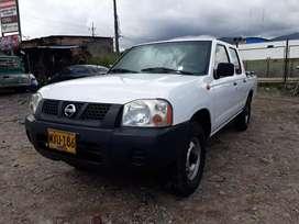 Vendo Nissan Frontier NP300 gasolina 4x2