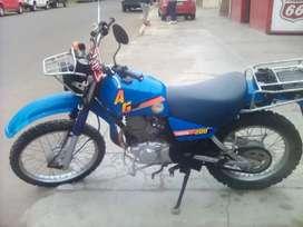 Vendo moto AG200