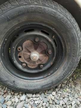 Aro Volkswagen 5 Huecos.
