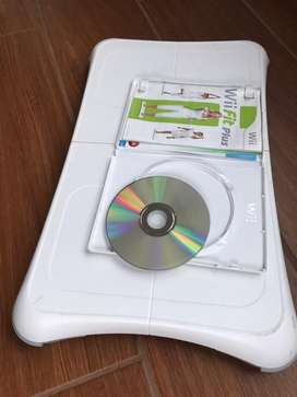 Tabla Wii Fit con disco de ejercicios. Q250