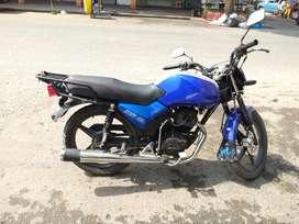Daytona 150 color azul