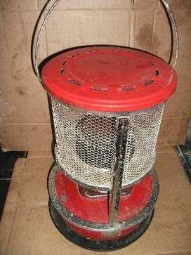 estufa a kerosene, funcionando completa
