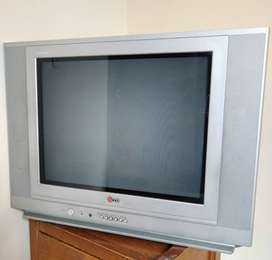"Televisor LG 21"" Flatron"