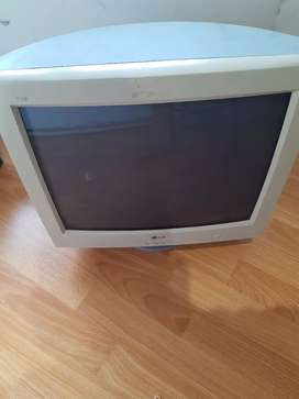 """Monitor LG 17"""""""