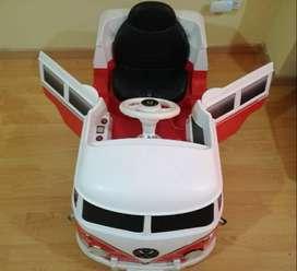 Carro Montable para niños COMBY. Usado
