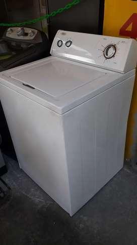 Lavadora Whirpool Americana haceb de 30 libras