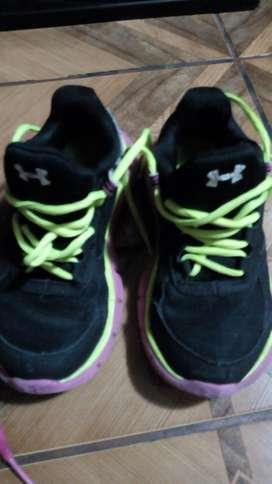 Zapatillas Y Botines Talla 28 Y 29