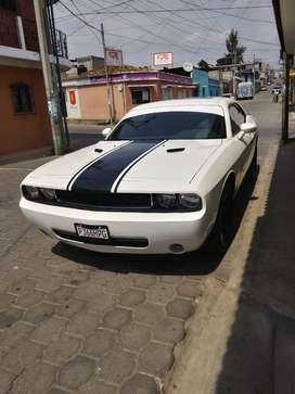 Vendo dodge challenger 2009
