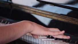 aprende a tocar violin, guitarra, piano, bateria