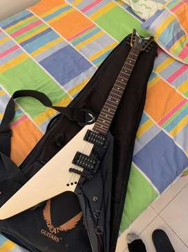 Guitarra Dean Michael Schenker