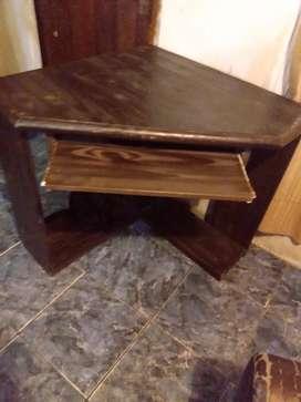 """Exelente esquinero de madera para la compu de """" pino """" no englomerado"""