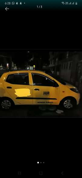 Se necesita conductor para taxi turno largo