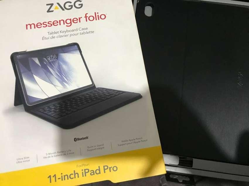 Zagg keyboard 11'' 0