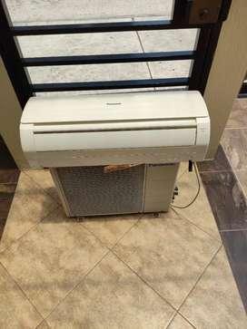 Se vende aire acondicionado Panasonic de 12000 btu.
