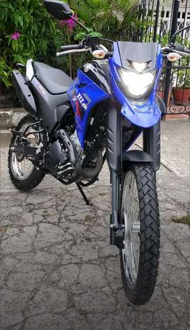 Yamaha xtz 250 2021 único dueño azul está nueva