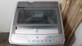 Vendo lavadora targeta dañada marca electrolux
