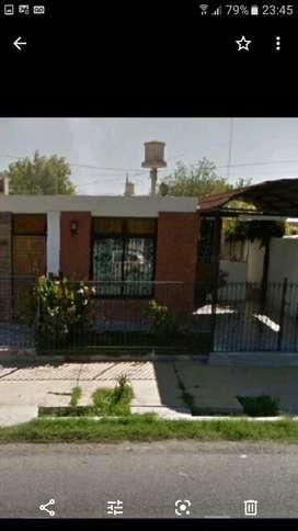 Casa Rivadavia barrio jardin policial 3 dorm 2 baños cocina com , living