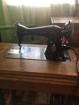 "Maquina de coser industrial ""singer"""