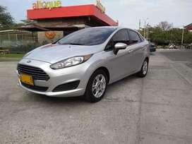 Ford fiesta 2014 automático en buen estado , con 7 airbag, quema coco, automatico, documentos al día listo para traspaso