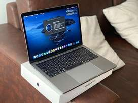 """Macbook Pro 13"""" 2019 Touch Bar 8gb 128gb Como Nuevo"""