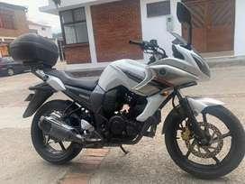 Yamaha fazer en muy buen estado y económica