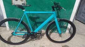 Bicicleta fixie en aluminio