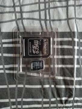 Vendo memoria 16 gb 10/10 con adaptador para portatil y en estuche