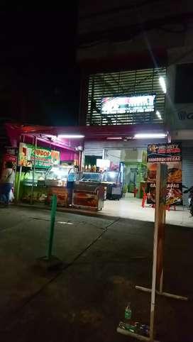 Negocio de comidas rápidas y restaurante arroz al wok