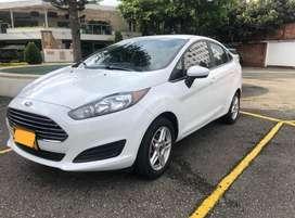 Se vende Ford fiesta SE