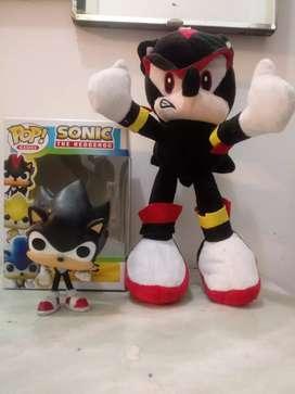Peluche Shadow + Muñeco Sonic