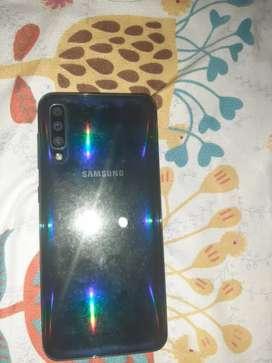 Vendo o cambio Samsung A50 o cambio con xiaomi redmi note 9S y doy dinero a favor