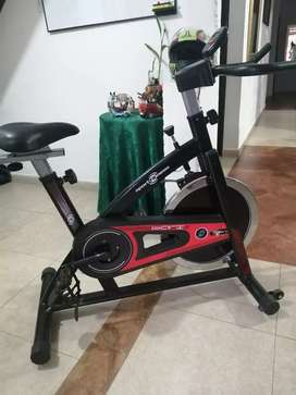 Se vende bicicleta sport fitnes 4 meses de uso esta perfecta