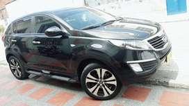 Se vende Kia new sportage lx 2013 con 55 mil km,en excelente estado, papeles al dia