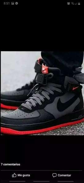 Tenis en bota Nike Air forcé one caballero