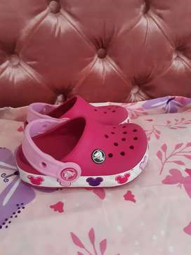 Crocs de luces de minnie originales