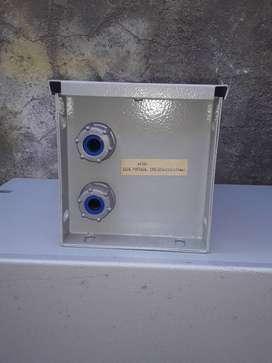 Caja estanca metálica
