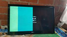 se vende tv LG con media pantalla mala